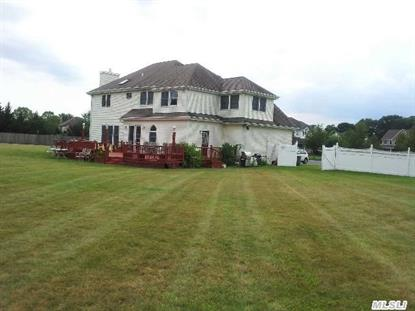 5 Cabernet Huntington, NY MLS# 2690062