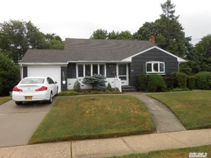 137 Elkton Ln North Babylon, NY MLS# 2691035