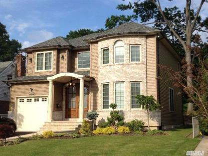 63 Chaffee Ave Albertson, NY MLS# 2700304