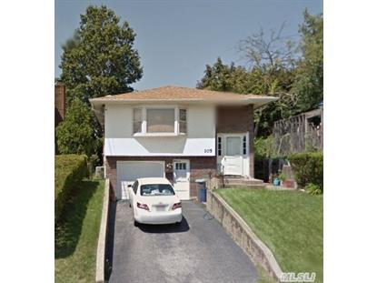 105 Coventry Ave Albertson, NY MLS# 2702385
