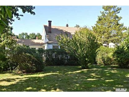137 Old Commack Rd Kings Park, NY MLS# 2707229
