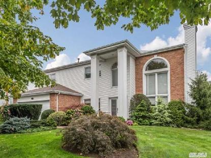 146 Country Club Dr Commack, NY MLS# 2713901