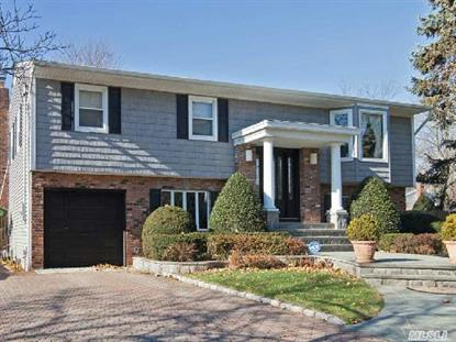 7 Lincoln Rd Bethpage, NY MLS# 2722034
