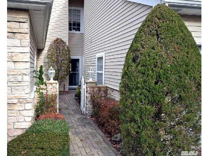 9 The Greens Hauppauge, NY MLS# 2726530