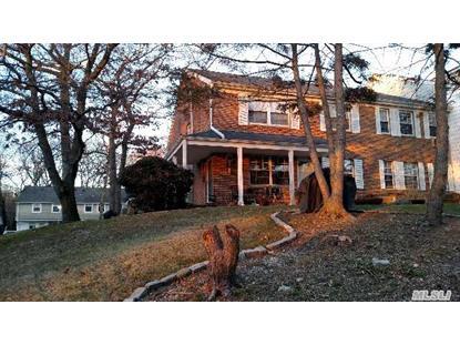 301 Towne House Vlg Hauppauge, NY MLS# 2732674