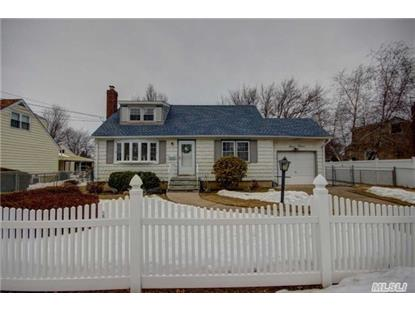 712 9 St West Babylon, NY MLS# 2743016