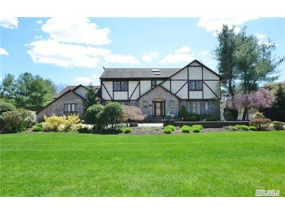 2 Equestrian Ct Huntington, NY MLS# 2759097