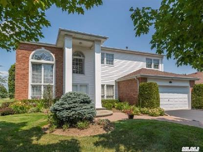 138 Country Club Dr Commack, NY MLS# 2760499