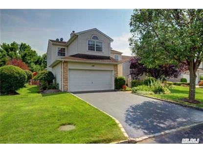 120 Windwatch Dr Hauppauge, NY MLS# 2773009