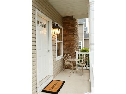 28 Terrace Ln Patchogue, NY MLS# 2785982