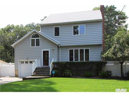 10 N Pine St Patchogue, NY MLS# 2789309