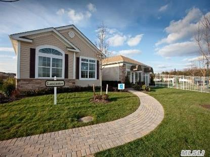 2 Pond View Dr St James, NY MLS# 2794226