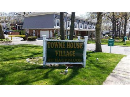 812 Towne House Vill Hauppauge, NY MLS# 2803647