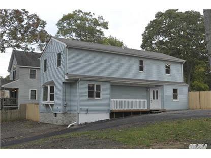26 Pineoaks Pl Farmingville, NY MLS# 2805576