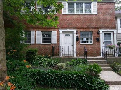 206 Towne House Vill Hauppauge, NY MLS# 2809672