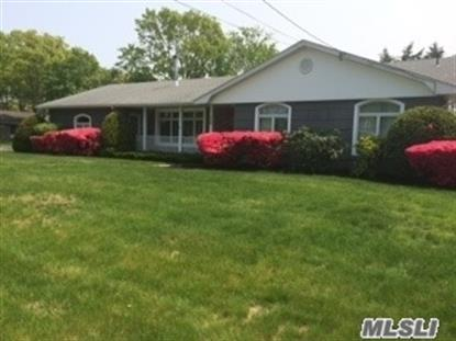 359 Phyllis Dr Patchogue, NY MLS# 2854312