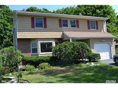 353 Middle Rd Bayport, NY MLS# 2864582