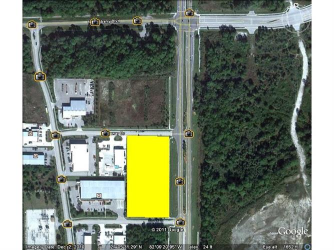 1001 INTERCHANGE AVE, North Port, FL 34289