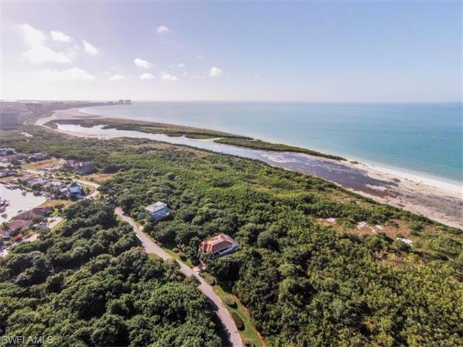 740 Waterside DR, Marco Island, FL