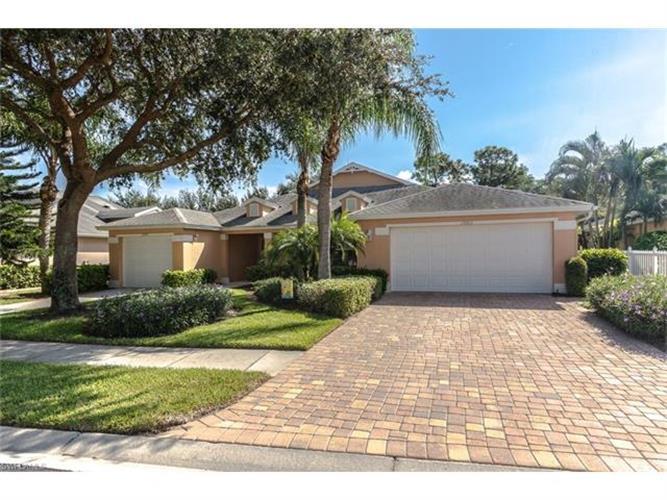 15003 Sterling Oaks Dr, Naples, FL 34110