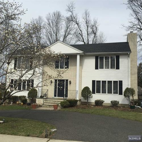 1024 Soldier Hill Rd, Emerson, NJ 07630