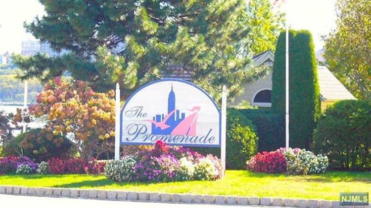 322 the Promenade, Edgewater, NJ 07020