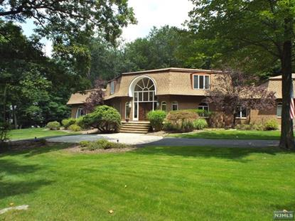 611 Winding Hollow Dr Franklin Lakes, NJ MLS# 1402855