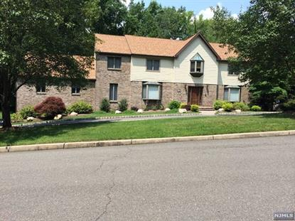 124 Van Riper            Ln Woodcliff Lake, NJ MLS# 1411448