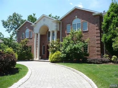 60 LYNN DR Englewood Cliffs, NJ MLS# 1419325