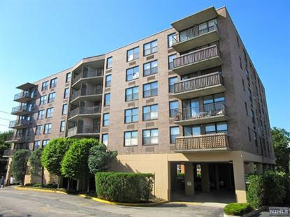 200 Division St, Cliffside Park, NJ 07010