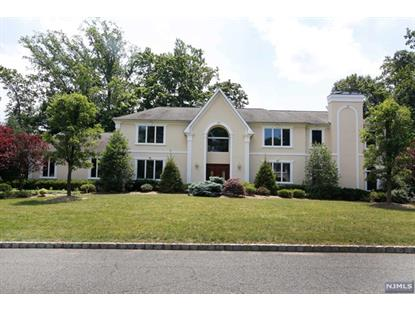 8 BONNIE LN Woodcliff Lake, NJ MLS# 1425052
