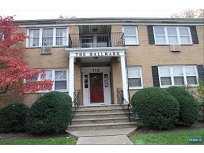 712 Cedar                Ln Teaneck, NJ MLS# 1427680