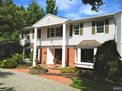308 Canterbury Ln Wyckoff, NJ MLS# 1435018