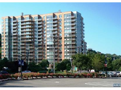 1811 Hudson Park, Edgewater, NJ 07020