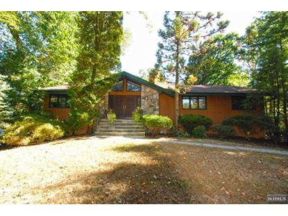 29 Woodland Rd Woodcliff Lake, NJ MLS# 1436472