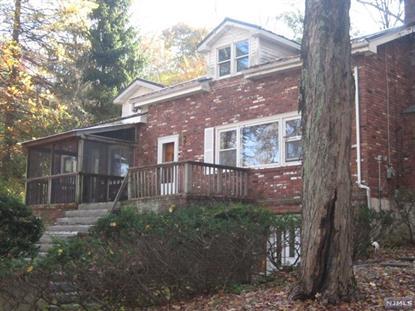 63 Longwood Lake Rd, Oak Ridge, NJ 07438