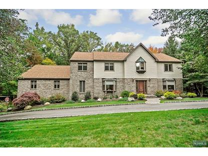 124 Van Riper Ln Woodcliff Lake, NJ MLS# 1439880