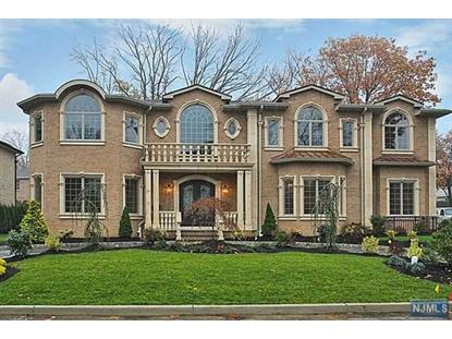 10 Cambridge Pl Englewood Cliffs, NJ MLS# 1443308