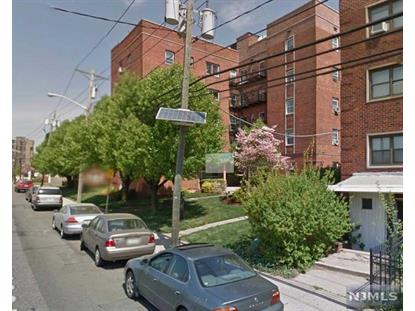 210 Woodcliff Ave, North Bergen, NJ 07047