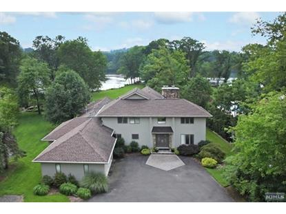 318 Pines Lake Dr Wayne, NJ MLS# 1504467