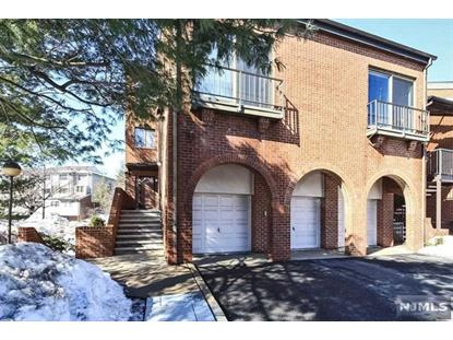 2 Sandburg Ct Teaneck, NJ MLS# 1508053