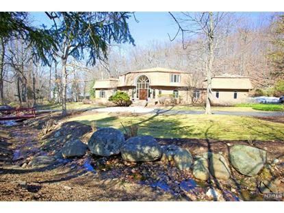 611 Winding Hollow Dr Franklin Lakes, NJ MLS# 1511753