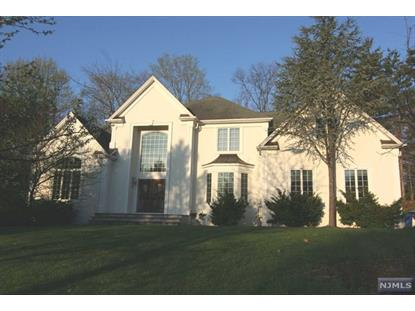 11 Carrington Ct Woodcliff Lake, NJ MLS# 1513951