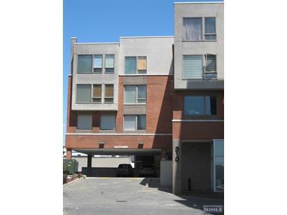 310 Cliff Ln, Cliffside Park, NJ 07010