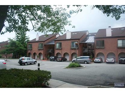 17 Lowell Ct Teaneck, NJ MLS# 1531712