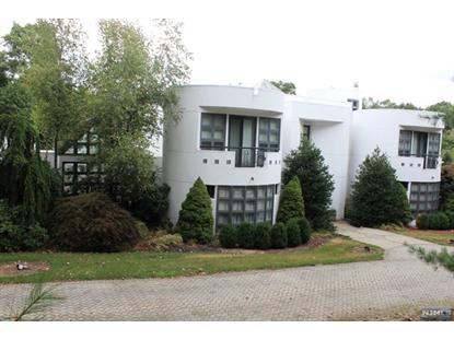 516 Hampton Hill Rd Franklin Lakes, NJ MLS# 1532556