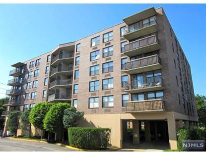 200 Division St, Cliffside Park, NJ 07010