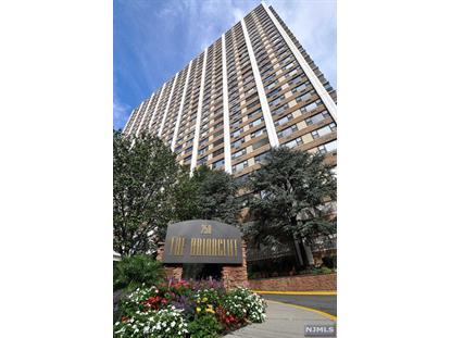 250 Gorge Rd, Cliffside Park, NJ 07010
