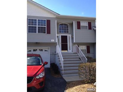 5 Oak Point Dr Hamburg, NJ MLS# 1544777