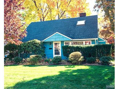 64 Day Ave, Tenafly, NJ 07670